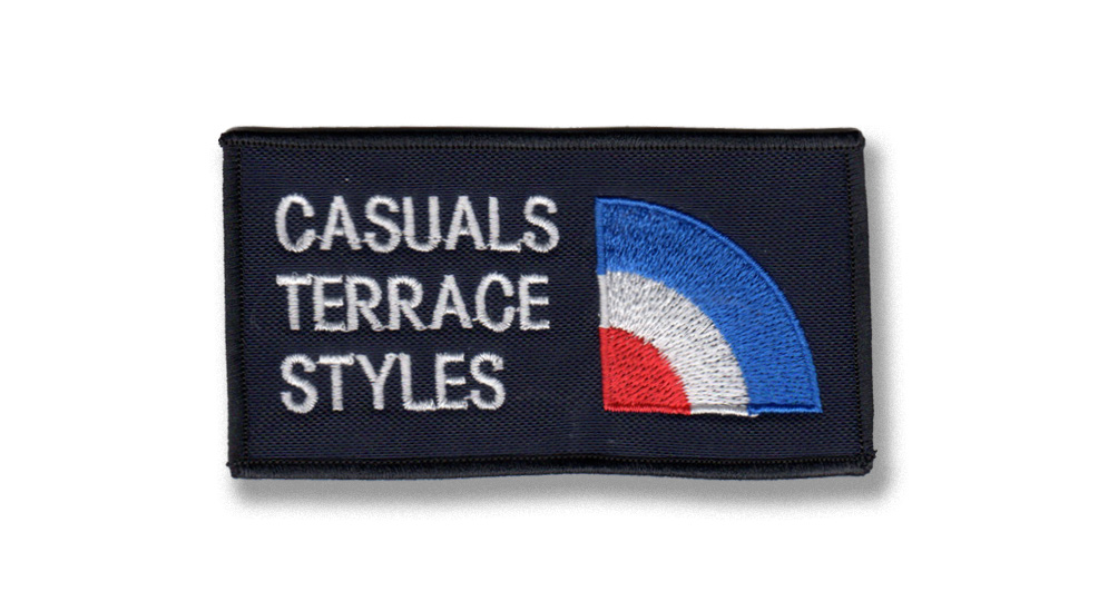 CASUALS ESSENTIAL Patches