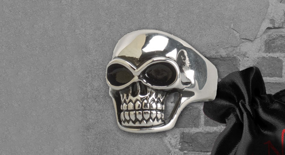 RING BIG SKULL STEEL Extras