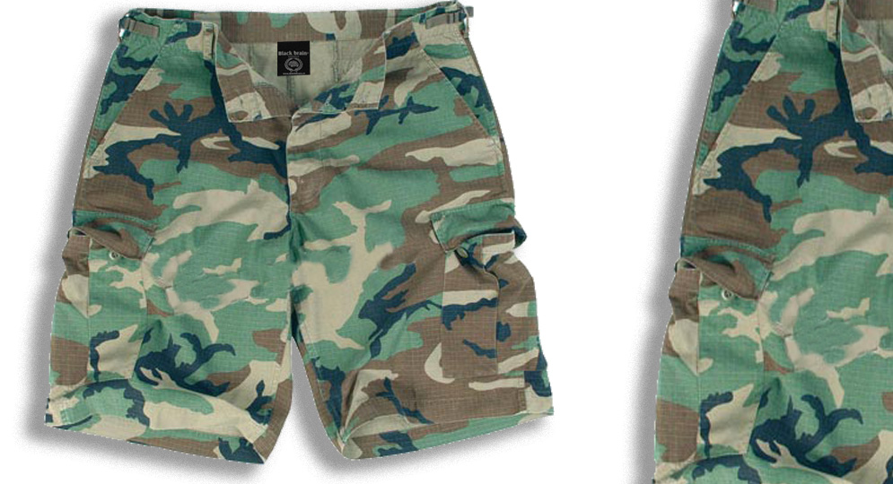 BERMUDA ARMY WOODLAND Shorts & trousers