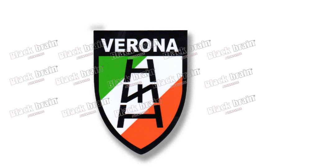 VERONA SCUDO TRICOLORE SCALA RUNA Pins & Stickers