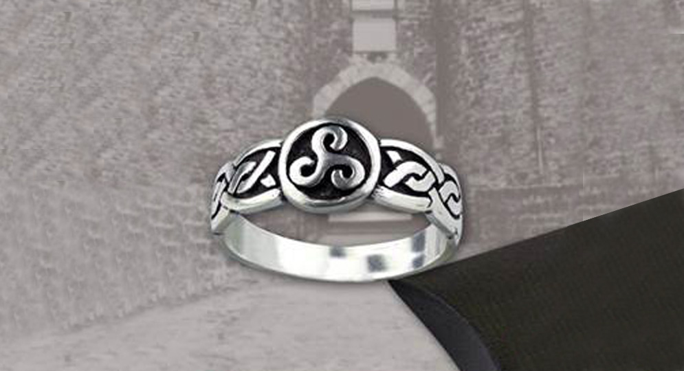 RING TRISKELL SILVER Extras