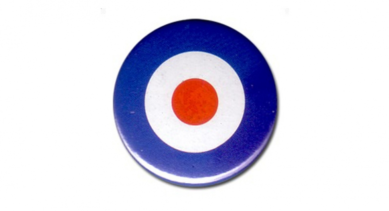 BUTTON PIN TARGET Pins & Stickers