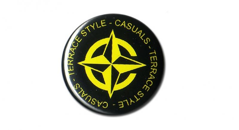 BUTTON PIN CASUALS STAR Pins & Stickers