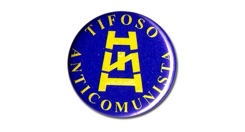 BUTTON PIN TIFOSO ANTICOMUNISTA Pins & Stickers