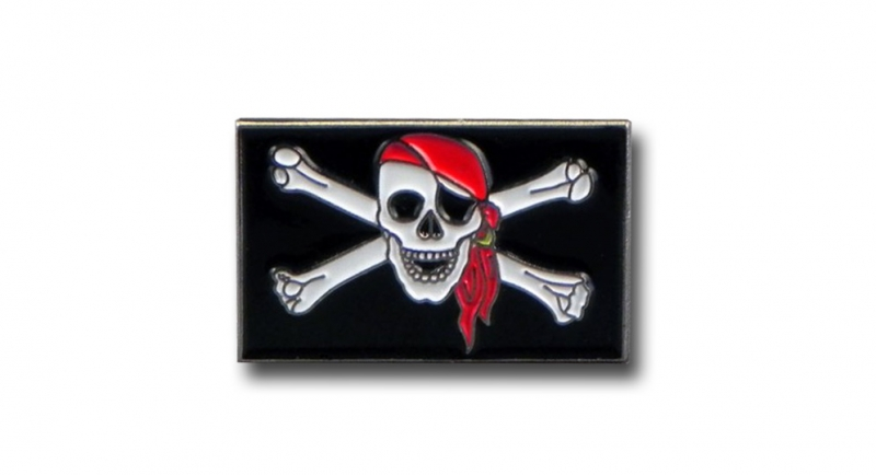 PIN PIRATE FLAG Pins & Stickers
