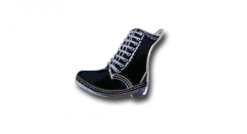PIN BOOT DM STYLE