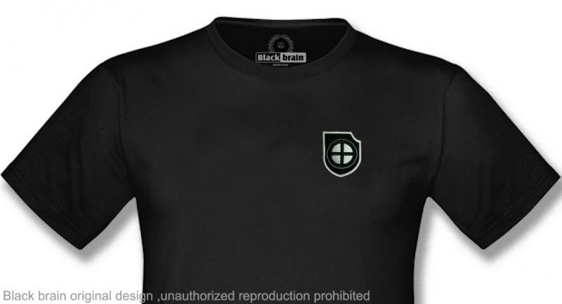 T-SHIRT CELTIC SHIELD T-shirts